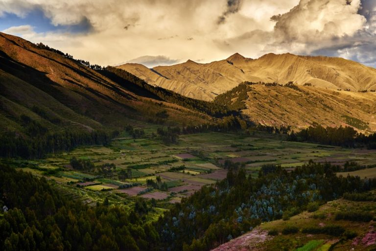 Arrive in Cusco and enter the Sacred Valley