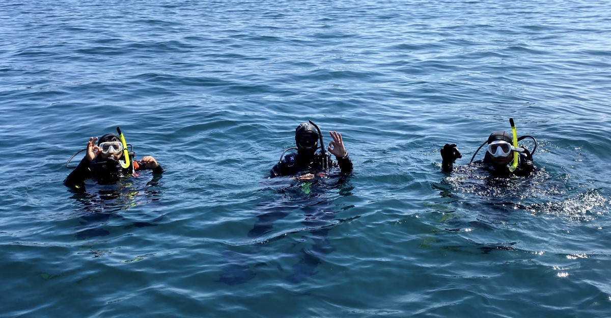 SNORKELING <br />